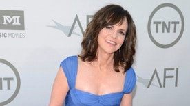 Actress Sally Field attends the American Film Institute's 42nd Life Achievement Award presentation honoring Jane Fonda in Los Angeles June 5, 2014. REUTERS/Phil McCarten (UNITED STATES - Tags: ENTERTAINMENT) - RTR3SG2S