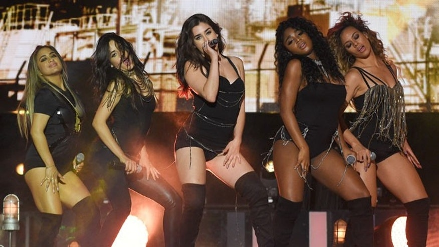 TORONTO, ON - JUNE 19:  (L-R) Ally Brooke, Camila Cabello, Normani Hamilton, Lauren Jauregui and Dinah-Jane Hansen of Fifth Harmony perform at the 2016 iHeartRADIO MuchMusic Video Awards at MuchMusic HQ on June 19, 2016 in Toronto, Canada.  (Photo by Ernesto Distefano/Getty Images)