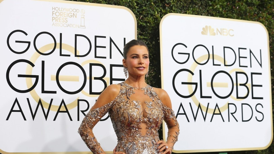 Actress Sofia Vergara arrives at the 74th Annual Golden Globe Awards in Beverly Hills, California, U.S., January 8, 2017.