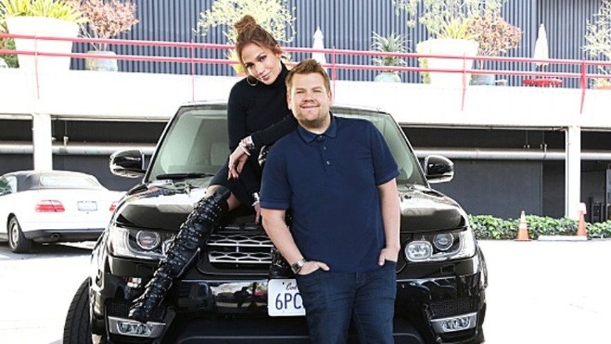 'Carpool Karaoke': New Apple Series To Feature Ariana Grande, Blake Shelton & More