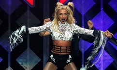 Britney Spears performs at iHeartRadio Jingle Ball concert at Staples Center in Los Angeles, California U.S., December 2, 2016.   REUTERS/Mario Anzuoni - RTSUFOU