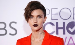 Actress Ruby Rose arrives at the People's Choice Awards 2017 in Los Angeles, California, U.S., January 18, 2017.  REUTERS/Danny Moloshok - RTSW64F