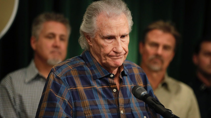 Jan. 30, 2017: Righteous Brothers singer Bill Medley pauses for a moment while answering questions from the media during a news conference in Los Angeles.