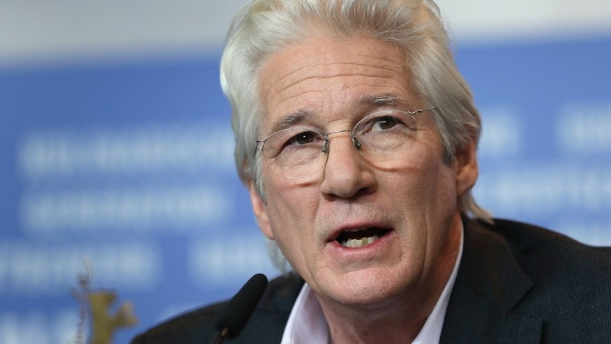 richard gere says donald trump has no beef lacking