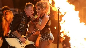 "Metallica's James Hetfield and Lady Gaga perform ""Moth into Flame"" at the 59th Annual Grammy Awards in Los Angeles, California, U.S. , February 12, 2017. REUTERS/Lucy Nicholson - RTSYCTU"