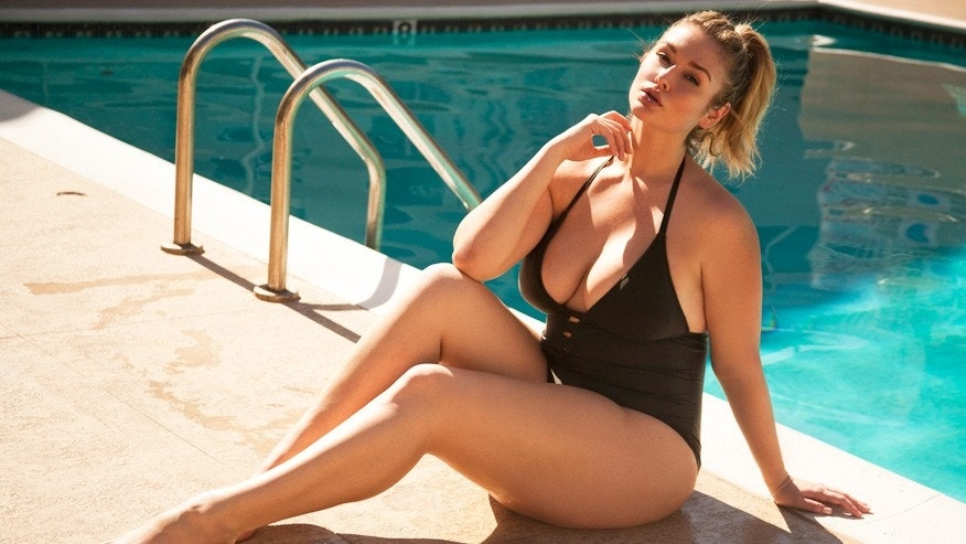 SI Swimsuit rookie Hunter McGrady: 'This is my God-given body'