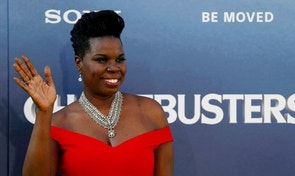 "Cast member Leslie Jones poses at the premiere of the film ""Ghostbusters"" in Hollywood, California U.S., July 9, 2016. REUTERS/Mario Anzuoni/File Photo - RTX2MX6F"