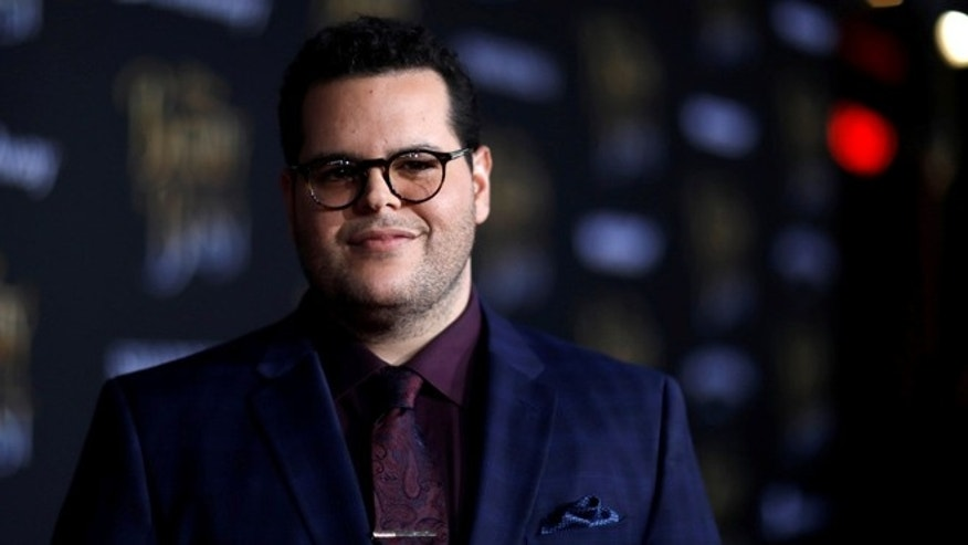 "Cast member Josh Gad poses at the premiere of ""Beauty and the Beast"" in Los Angeles, California, U.S. March 2, 2017.   REUTERS/Mario Anzuoni - RTS118WW"