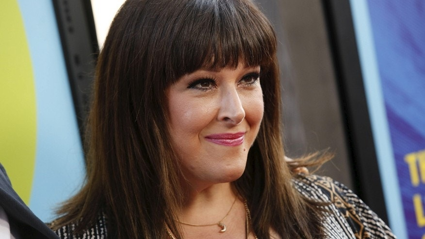 Carnie Wilson To Undergo Surgery After Breast Implant Ruptured