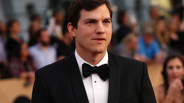 Actor Ashton Kutcher arrives at the 23rd Screen Actors Guild Awards in Los Angeles, California, U.S., January 29, 2017.