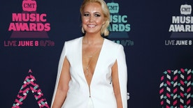 Singer Meghan Linsey arrives at the 2016 CMT Music Awards in Nashville, Tennessee U.S. June 8, 2016.  REUTERS/Jamie Gilliam - RTSGN79