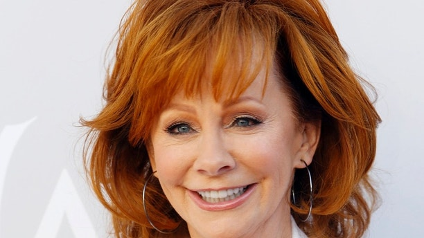 52nd Academy of Country Music Awards - Arrivals - Las Vegas, Nevada, U.S., - 02/04/2017 - Singer Reba McEntire. REUTERS/Steve Marcus - RTX33S2R