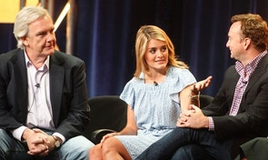 "Hosts of new daytime show ""The Chew"" Daphne Oz and Clinton Kelly (R) take part in a panel session with executive producer Gordon Elliott (L) at the ABC Summer TCA Press Tour in Beverly Hills, California August 7, 2011.  REUTERS/Fred Prouser    (UNITED STATES - Tags: ENTERTAINMENT) - RTR2PPF3"