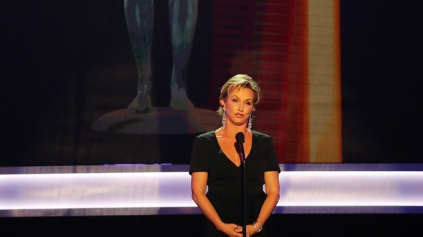 SAG-AFTRA President Gabrielle Carteris addresses the 23rd Screen Actors Guild Awards show in Los Angeles, California, U.S., January 29, 2017.  REUTERS/Mike Blake - RTSXZBP