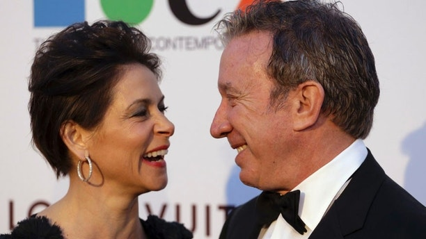 Actress Jane Hajduk and actor Tim Allen attend MOCA's 35th Anniversary Gala presented by Louis Vuitton at The Geffen Contemporary at MOCA in Los Angeles March 29, 2014. REUTERS/Jonathan Alcorn (UNITED STATES - Tags: ENTERTAINMENT FASHION) - RTR3J5NR