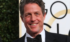 Actor Hugh Grant arrives at the 74th Annual Golden Globe Awards in Beverly Hills, California, U.S., January 8, 2017.  REUTERS/Mike Blake - RTX2Y0KS