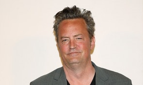 Actor Matthew Perry arrives for 'The Circle' premiere at the Tribeca Film Festival in the Manhattan borough of New York, New York, U.S. April 26, 2017.   REUTERS/Carlo Allegri - RTS143LW