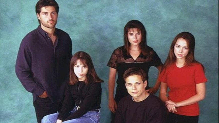 "The ""Party of Five"" cast."