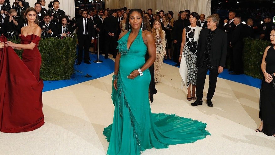 Metropolitan Museum of Art Costume Institute Gala - Rei Kawakubo/Comme des Garcons: Art of the In-Between - Arrivals - New York City, U.S. - 01/05/17 - Serena Williams. REUTERS/Lucas Jackson - RTS14PXO