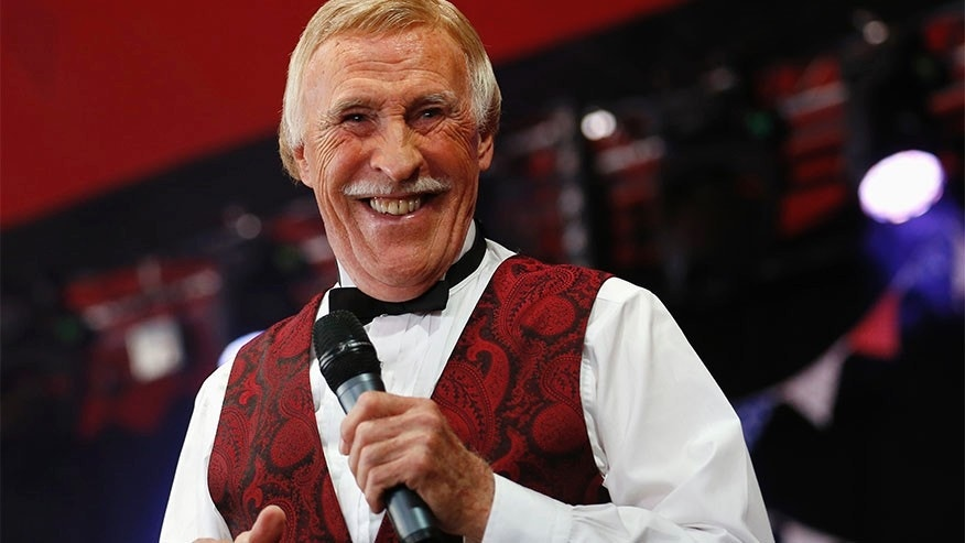 Sir Bruce Forsyth: 1928 - 2017 - Record-breaking United Kingdom entertainer passes away