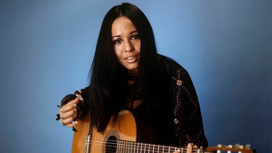 UNSPECIFIED - JANUARY 01:  Photo of Yvonne ELLIMAN  (Photo by David Redfern/Redferns)