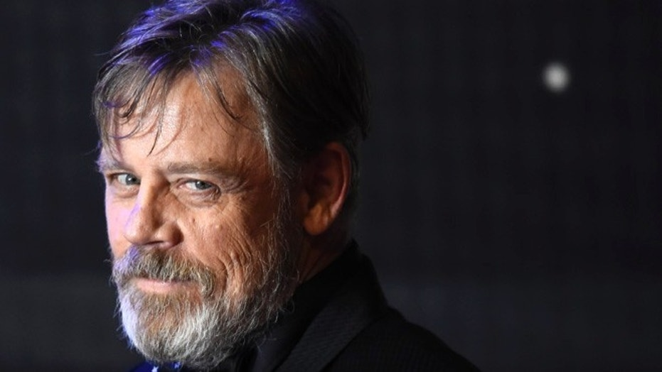 Mark Hamil arrives at the European Premiere of Star Wars, The Force Awakens in Leicester Square, London, December 16, 2015.      REUTERS/Dylan Martinez  - RTX1Z029
