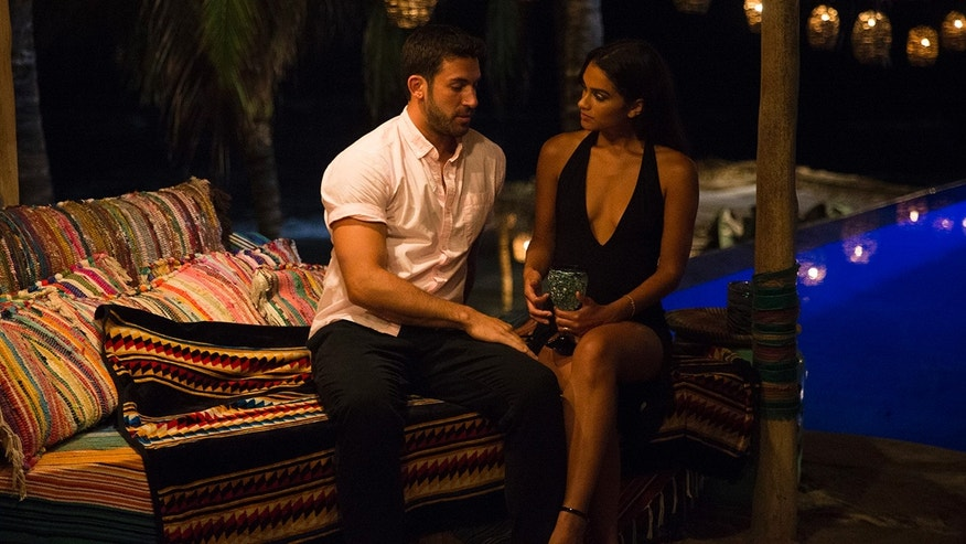 Taylor & Derek From 'Bachelor In Paradise' Are Reportedly Engaged, So Spoiler Alert?