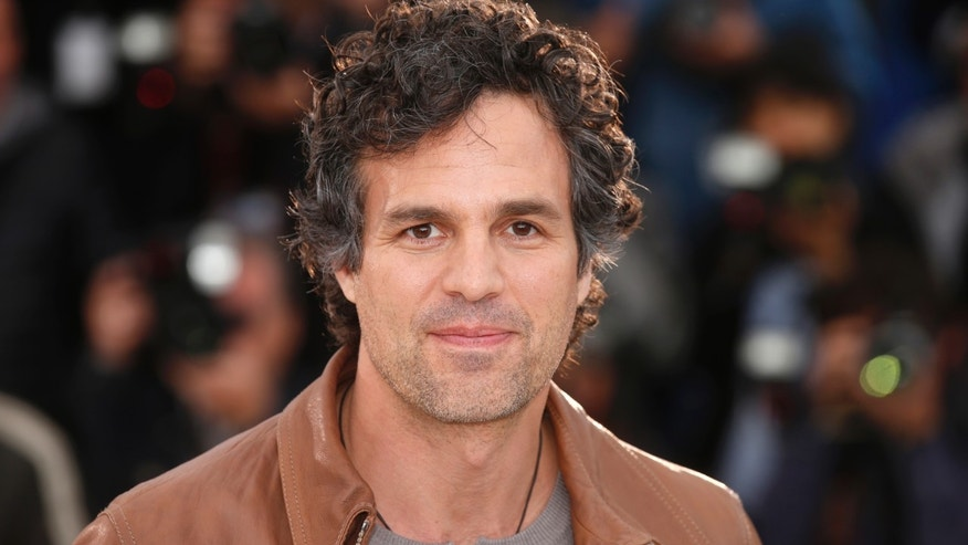 Actor Mark Ruffalo joins 'March to Confront White Supremacy'