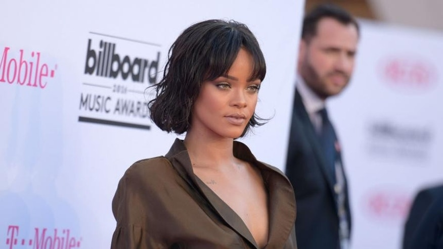 Rihanna wants to go back in time … to regain her virginity