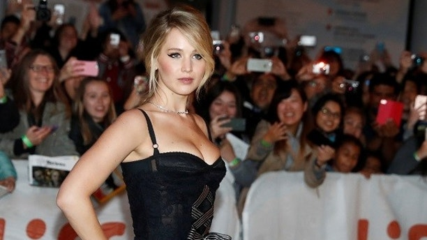 "Actor Jennifer Lawrence arrives on the red carpet for the film ""Mother!"" at the Toronto International Film Festival (TIFF), in Toronto, Canada, September 10, 2017.    REUTERS/Mark Blinch - RC1355BB1B00"