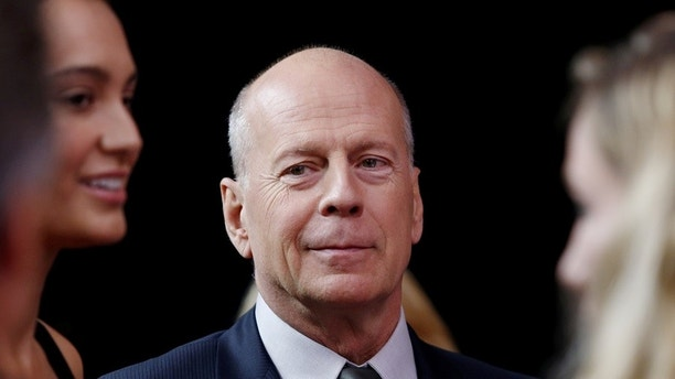 Actor Bruce Willis arrives on the red carpet for �Tony Bennett Celebrates 90: The Best Is Yet to Come� at the legendary Radio City Music Hall in New York, U.S., September 15, 2016. REUTERS/Eduardo Munoz - S1BEUBNGTUAA