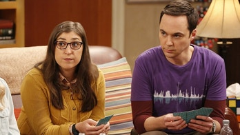 """The Relaxation Integration"" -- Pictured: Amy Farrah Fowler (Mayim Bialik) and Sheldon Cooper (Jim Parsons). As Sheldon stresses about picking a wedding date, Amy tries to convince him he has a more laid-back side. Also, Koothrappali and Stuart compete to win the heart of Bernadette\'s new coworker, Ruchi (Swati Kapila), on Monday, Oct. 9 (8:00-8:31 PM, ET/PT), on the CBS Television Network.  Photo: Robert Voets/Warner Bros. Entertainment Inc. © 2017 WBEI. All rights reserved."