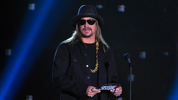 2017 CMT Music Awards – Show - Nashville, Tennessee, U.S., 07/06/2017 - Kid Rock presents the Video of the Year award. REUTERS/Harrison McClary - RTX39K08