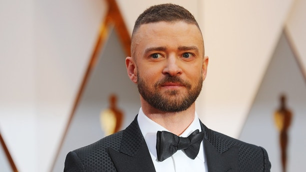 89th Academy Awards - Oscars Red Carpet Arrivals - Hollywood, California, U.S. - 26/02/17 - Singer Justin Timberlake. REUTERS/Mike Blake - HP1ED2R03000B