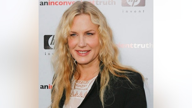 "Actress Daryl Hannah arrives for the Los Angeles premier of the global-warming documentary ""An Inconvenient Truth,"" Tuesday, May 16, 2006, in the Hollywood section, of Los Angeles. The documentary highlights the environmental issues of global warming and former Vice President Al Gore's commitment to helping the environment. (AP Photo/Lucas Jackson)"