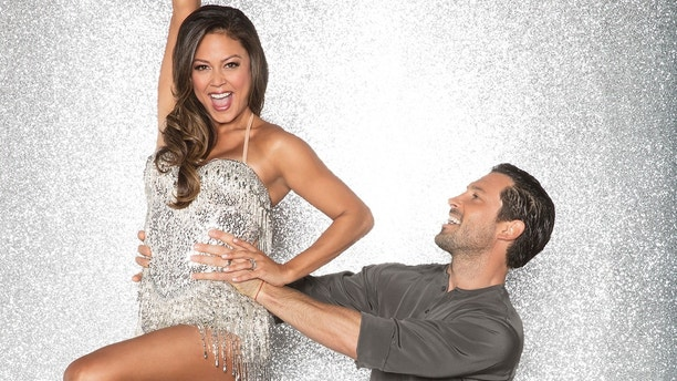 "Vanessa Lachey and her ""Dancing with the Stars"" pro Maksim Chmerkovskiy."