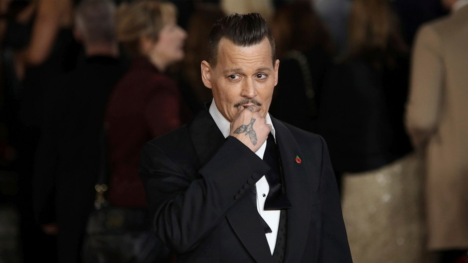 Johnny Depp 'drunk' at premiere