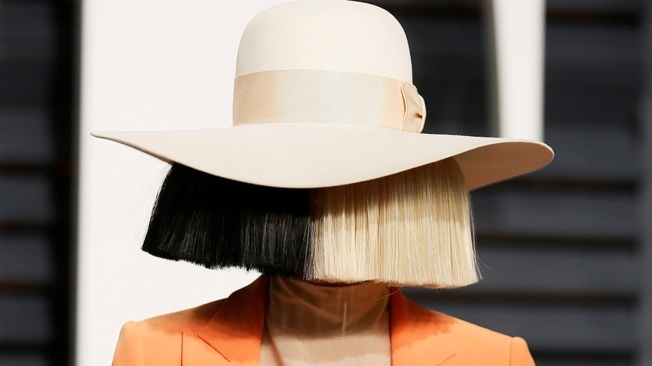 Sia posted a image of herself naked on social media after she discovered someone was allegedly trying to sell the image.