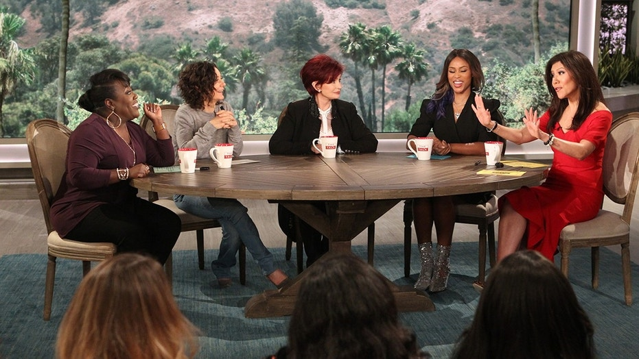 The ladies of The Talk on Thursday, November 2, 2017 for the CBS Television Network. From left,  Sheryl Underwood, Sara Gilbert, Sharon Osbourne, GRAMMY Award-winning rapper and actress Eve guest co-host and Julie Chen, shown.  Photo: Sonja Flemming/CBS ©2017 CBS Broadcasting, Inc. All Rights Reserved