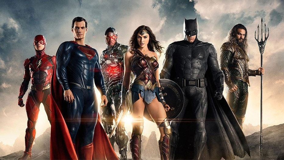 Rotten Tomatoes Holds Justice League Score… and Reviews