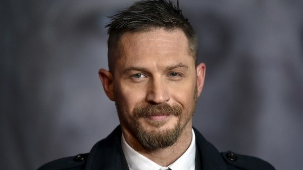 "Actor Tom Hardy poses as he arrives for the British premiere of ""The Revenant"", in London, Britain January 14, 2016.    REUTERS/Toby Melville - GF20000095003"