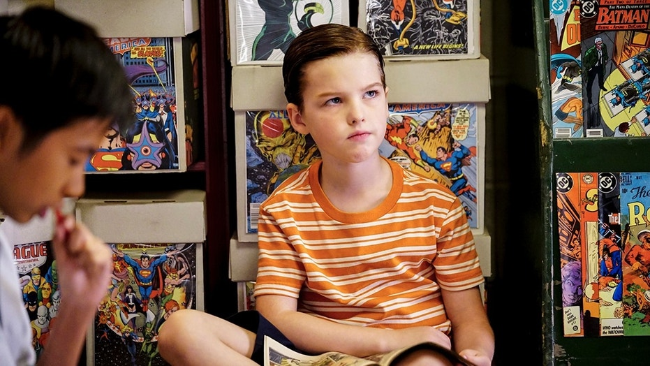 """A Therapist, a Comic Book, and a Breakfast Sausage"" - Pictured: Sheldon (Iain Armitage). After choking on a breakfast sausage, Sheldon wrestles with his fear of solid foods and discovers comic books for the first time, on YOUNG SHELDON, Thursday, Nov. 16 (8:31-9:01 PM, ET/PT) on the CBS Television Network. Photo: Sonja Flemming/CBS ©2017 CBS Broadcasting, Inc. All Rights Reserved."