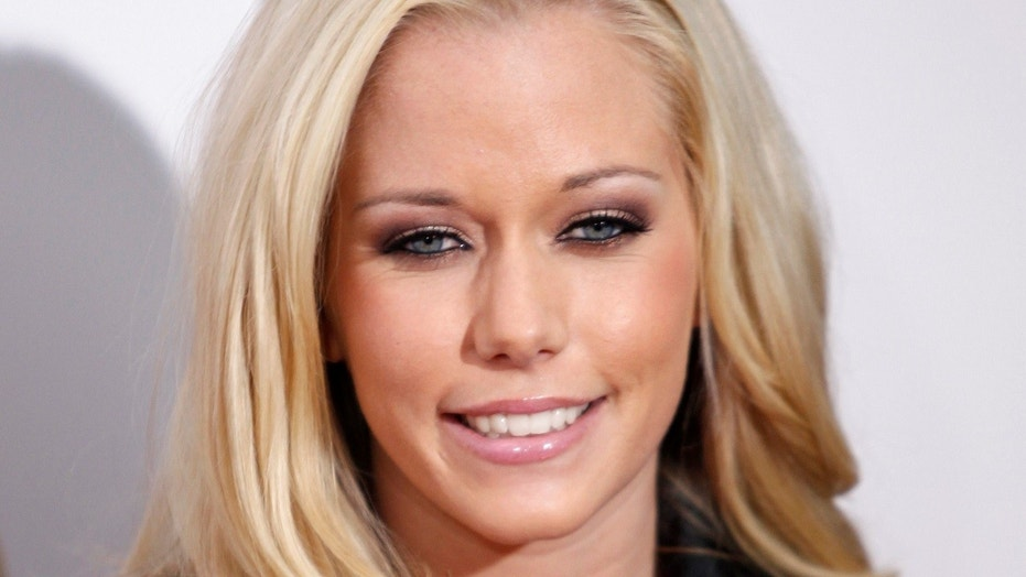 Kendra Wilkinson cancels Las Vegas shows after being rushed to hospital