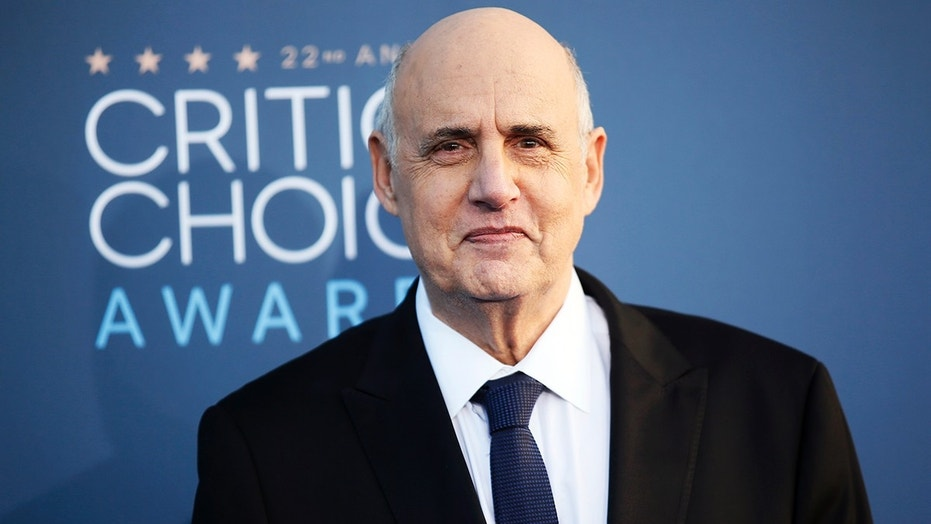 Jeffrey Tambor apologizes to third sexual harassment accuser