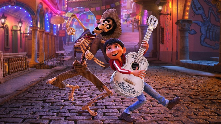 Pixar's 'Coco' dominated 'Justice League' at the Thanksgiving box office.