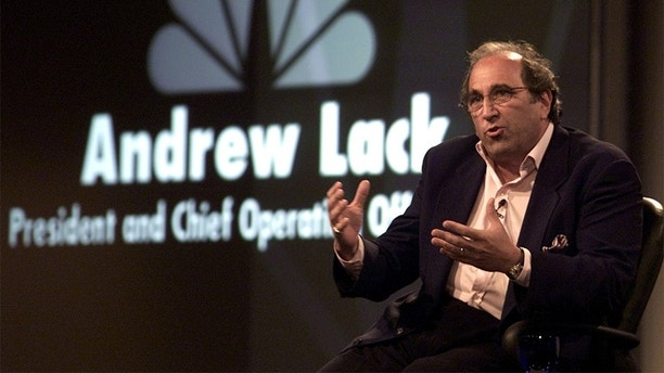 Andrew Lack, NBC's President and Chief Operating Officer, answers questions from reporters during NBC's Summer Press Tour July 20, 2001, in Pasadena, California. AL/JP - RP2DRINKOOAA