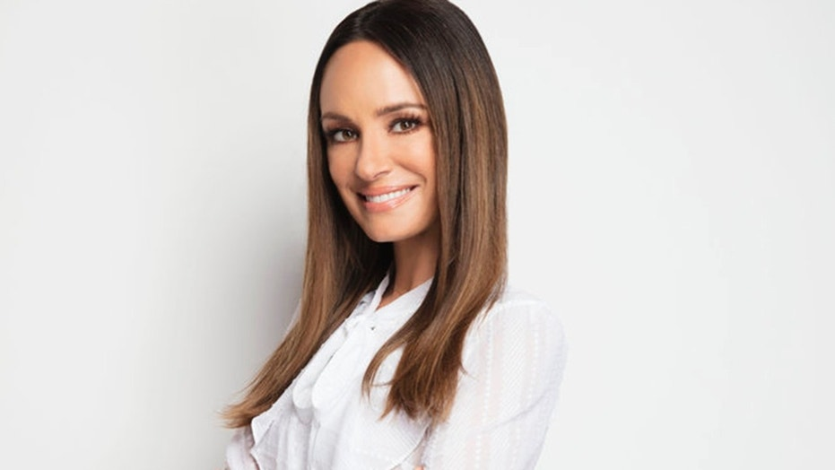 Catt Sadler served as anchor for NBC's 'E! News' for more than a decade. Now, the host has chosen to leave her coveted post due to disparaging gender based pay gap.