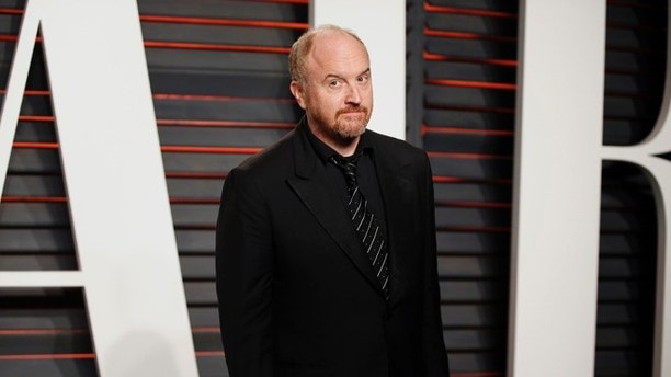 Comedian Louis C.K. arrives at the Vanity Fair Oscar Party in Beverly Hills, California February 28, 2016.  REUTERS/Danny Moloshok - RTS8IAQ