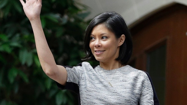 "This April 6, 2013, file photo shows MSNBC host Alex Wagner waving to the crowd before moderating a session on human trafficking during the Clinton Global Initiative at Washington University in St. Louis. Showtime said it will keep its political show ""The Circus"" despite the loss of Mark Halperin, axed due to sexual misconduct charges. He's being replaced by CBS News' Wagner, who joins holdovers John Heilemann and Mark McKinnon."