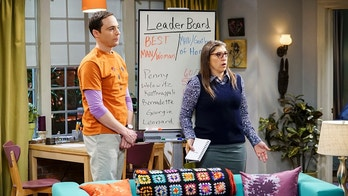 """The Matrimonial Metric"" -- Pictured: Sheldon Cooper (Jim Parsons) and Amy Farrah Fowler (Mayim Bialik). To discover who would be most qualified to be best man and maid of honor at their wedding, Sheldon and Amy subject their friends to a series of secret experiments. Also, Penny reveals her true feelings about Amy, on THE BIG BANG THEORY, Thursday, Jan. 4 (8:00-8:31 PM, ET/PT) on the CBS Television Network. Photo: Sonja Flemming/CBS ©2017 CBS Broadcasting, Inc. All Rights Reserved."